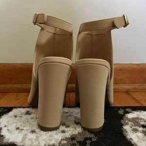 BAMBOO Shoes - Bamboo Block Heels